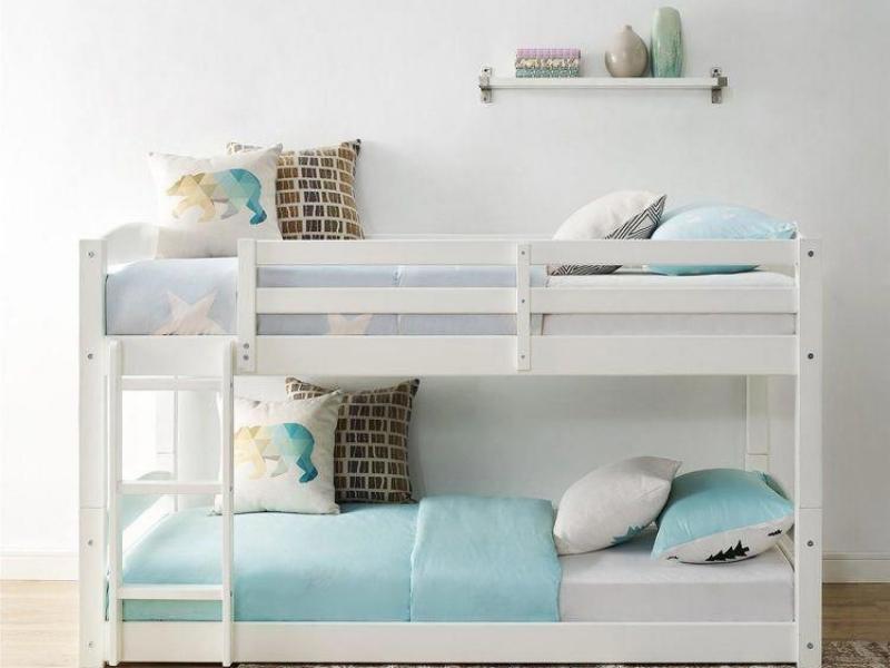 5 Inspirasi Desain Tempat Tidur Tingkat ini Membuat Kamar Terlihat Lega!