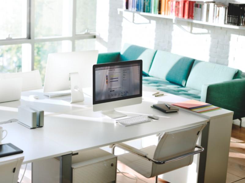 6 Tanda Kantor Anda Harus Beralih ke Furniture Custom