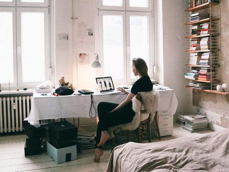 WFH Lebih Produktif, Inilah Tips Desain Ruang Kerja di Rumah yang Inspiratif