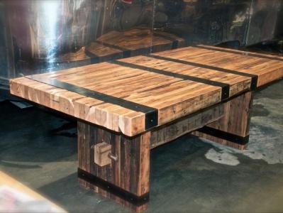 Menjelang Lebaran, Sulap Furniture Kayu Usang Jadi Tampak Seperti Baru
