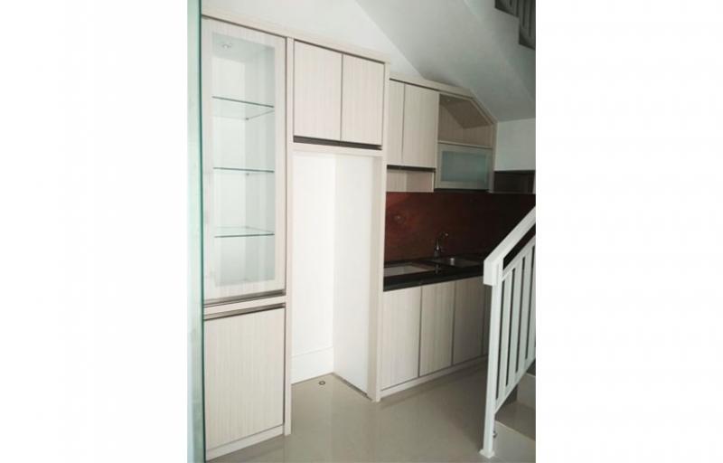Kitchen Set Bawah Tangga